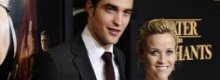 Reese Witherspoon: 'Deludenti le scene d'amore con Robert Pattinson'