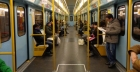 Come conquistare una ragazza in metro