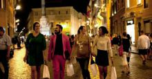 Vogue Fashion Night Out: a Firenze musei e negozi aperti tra shopping e solidarietà