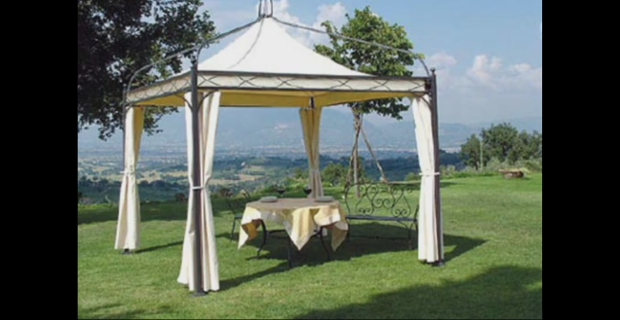 Gazebo in ferro con camino antivento online su excite it for Piani gazebo con camino