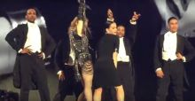 Madonna e Katy Perry, scene hot sul palco di Inglewood in California (VIDEO)