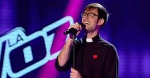 Padre Damiàn a La Voz, un prete alle blind audition spagnole: il video