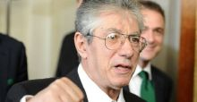 Umberto Bossi fonda un nuovo partito. Scissione dalla Lega Nord? Il Senatr smentisce