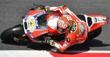 MotoGp, Mugello 2015: Iannone in pole davanti a Lorenzo, griglia di partenza e classifica