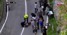 Domenico Pozzovivo cade al Giro d'Italia e resta immobile: il video del brutto incidente