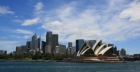 Opera House a Sidney: lo splendore galleggia sull'acqua